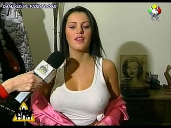 Mariana Diarco nipple poking with no bra