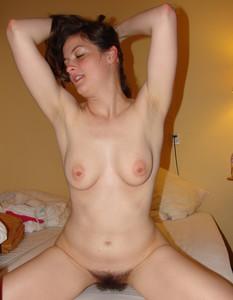http://img28.imagetwist.com/th/15152/84xzkppd6qix.jpg