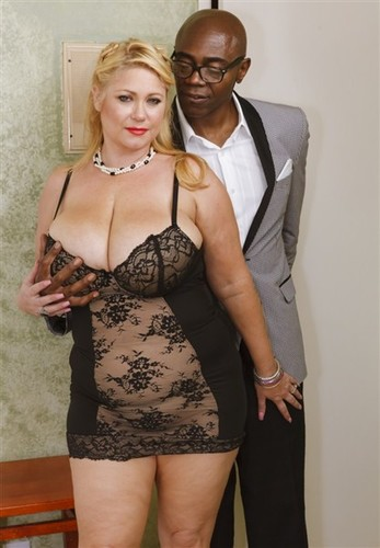 Samantha 38G -Busty BBW Blonde in Interracial sex