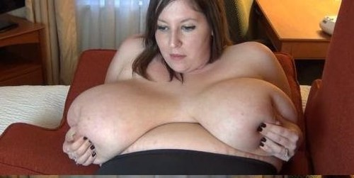 Mara  Winkingdaisys – Enormous Big Breast Pumping Milk 720P