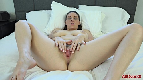 All Over 30 - Melanie Hicks, 30 Years Old Interview, big tits, brunette, solo 17.05.16-1080p