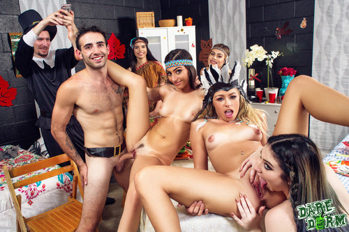 Dare Dorm - Jasmine Vega, Zoe Clark, Amilia Onyx (Dorm Room Fucksgiving)