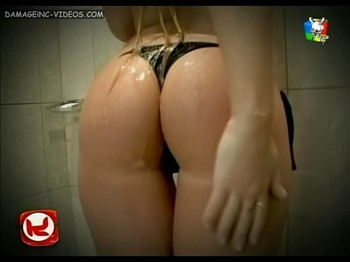 Mariel Romano wet ass in black thong