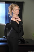 Julia Ann - Office 4-Play IV-e6qq6ajylm.jpg