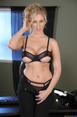 Julia Ann - Office 4-Play IV-j6qq6amq4b.jpg