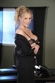 Julia Ann - Office 4-Play IV-k6qq6ak626.jpg
