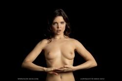 Pure Rebel - Naked Artistry  w6q9muk1z2.jpg