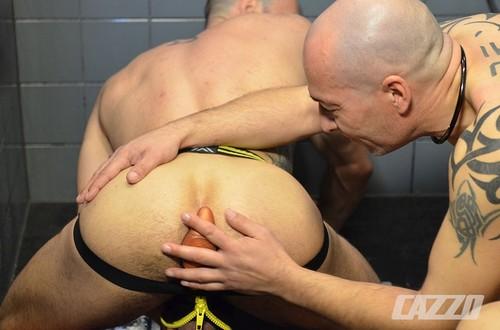 CazzoClub – Alberto Esposito & Torsten Muller