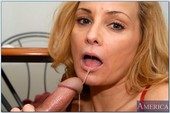 Rebecca-Bardoux-My-Friends-Hot-Mom-z6s6xrphru.jpg