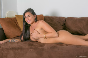 Chloe Parsa - Chloe On The Couch
