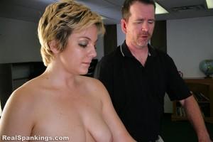 Bobbie's Handspanking - image1