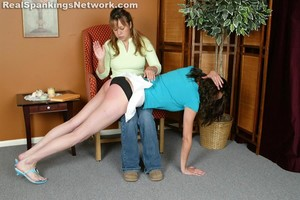 Brandi Strapped For Her Attire - image6