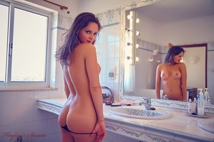 Adele Taylor - At The Mirror