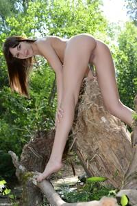 Lina - Lustful Nature  v6r5jtkfrc.jpg