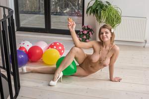 Yelena - Presenting Yelena