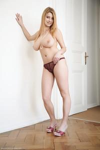 Cathy-Pinkes--56s5uq4fc7.jpg
