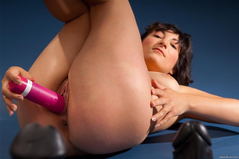 Alisoncharlottejulia Lez Girl Get Sex Toy Dildo Punish By Mean Lesbian Vid